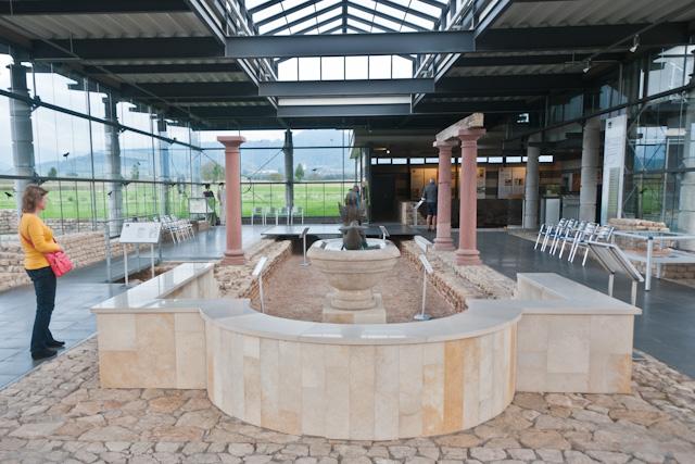 Wasserbecken im Römermuseum